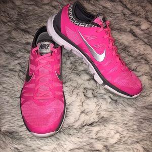 36a0c854a06b  Nike  Flex Supreme TR3